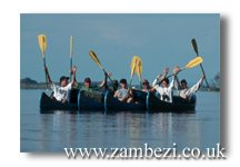 Zambezi Canoeing (courtesy Robin Brown)