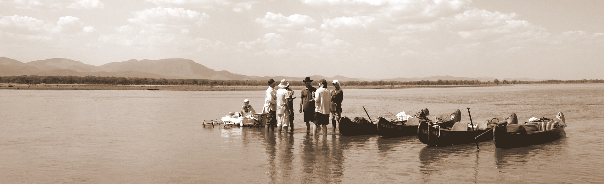 Early Mana Canoe Trail by Colin Bell courtesy Wilderness Safaris